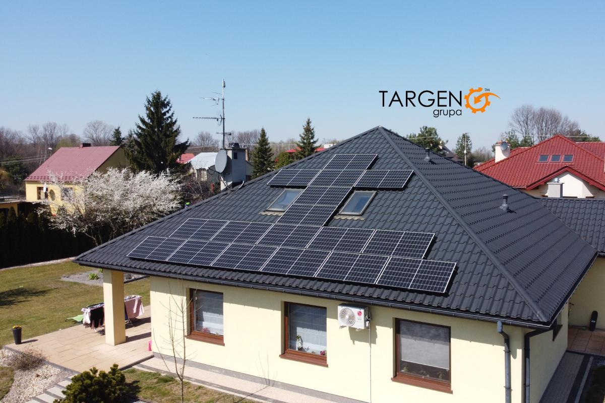 Instalacja fotowoltaiczna 5,61kWp, Moduły: 17 x Serpahim 330Wp, Falownik SolarEdge SE5K