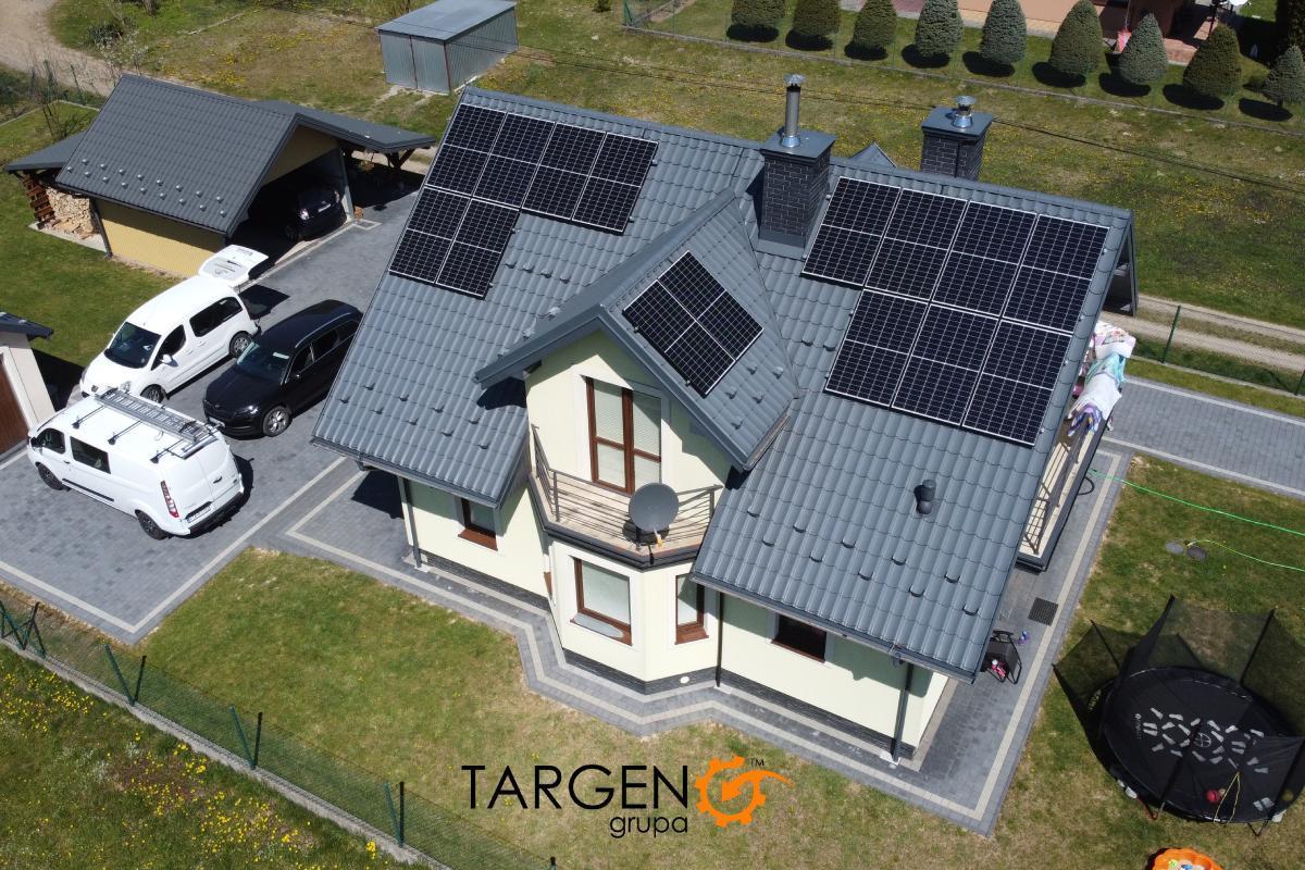 Instalacja fotowoltaiczna 4,95kWp, Moduły: 15 x Seraphim 330Wp, Falownik SolarEdge SE4K